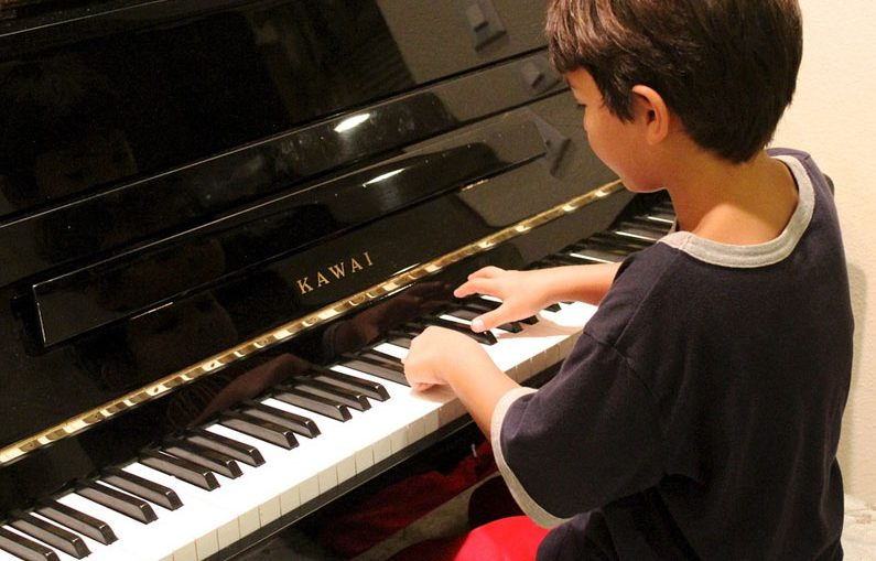 4 Ways Children Can Benefit From Learning To Play Piano